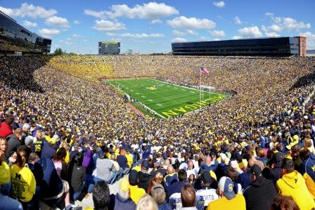 Michigan_Stadium_2011 [lo]